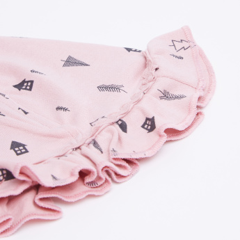 Juniors Printed Cap with Ruffle Detail