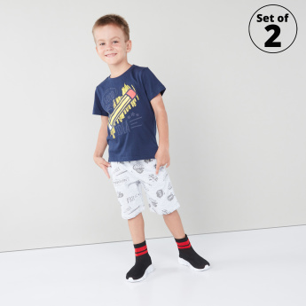 Juniors 2-Piece Graphic Printed T-shirt and Shorts