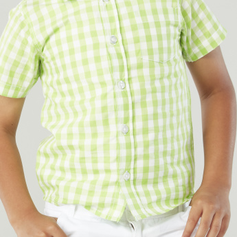 Juniors Plain Knee Length 3-Pocket Short and Checkered Shirt Set