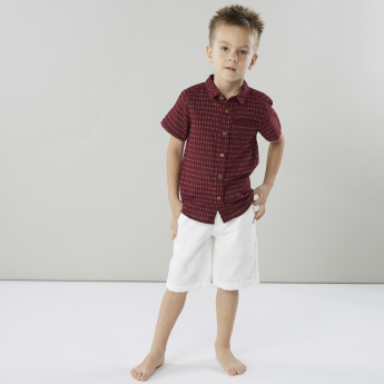 Juniors Printed Shirt with Short Sleeves and Pocket Detail