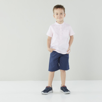 Juniors Mandarin Collar Shirt with Short Sleeves and Chest Pocket Detail