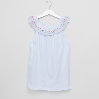 Eligo Embroidered Sleeveless Top