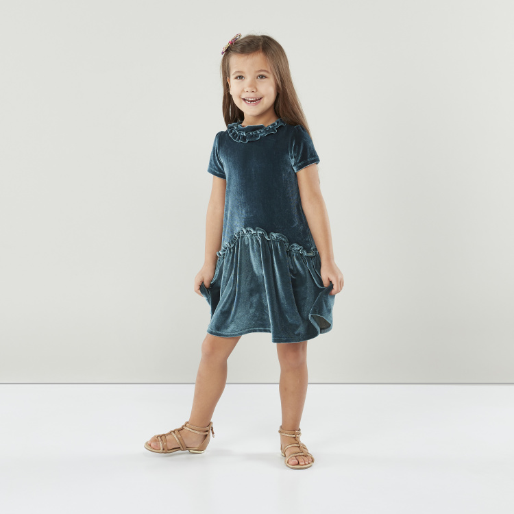 Juniors Textured Dress with Round Neck and Short Sleeves