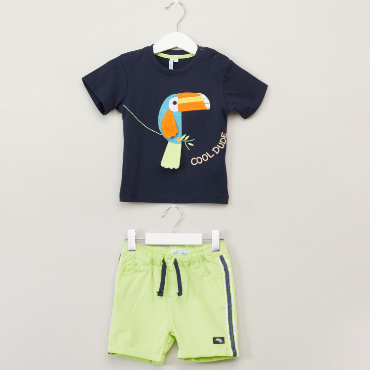 Juniors Embroidered T-shirt with Shorts