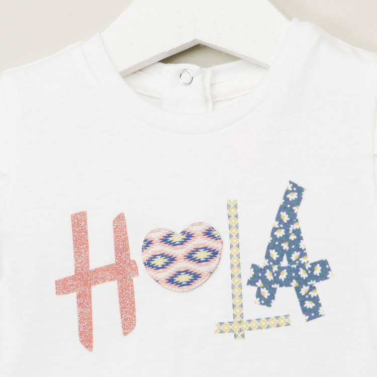 Juniors Applique Detail T-shirt with Round Neck and Short Sleeves