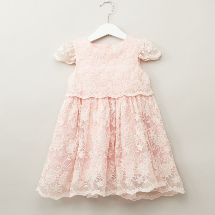 Juniors Lace Dress with Round Neck and Cap Sleeves