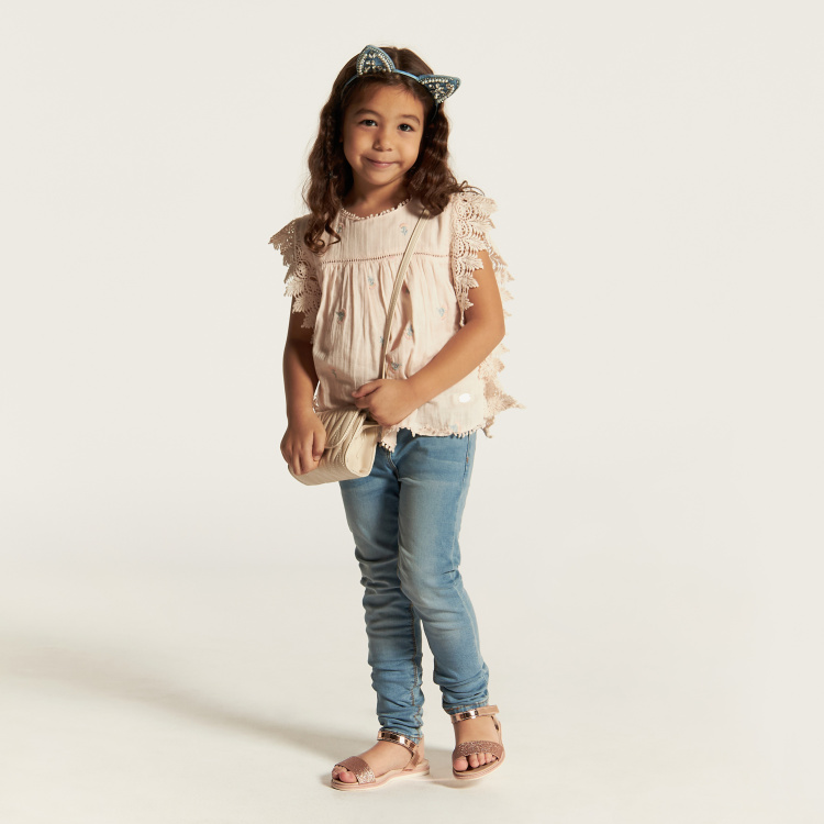 Juniors Jeans with Pocket Detail and Button Closure