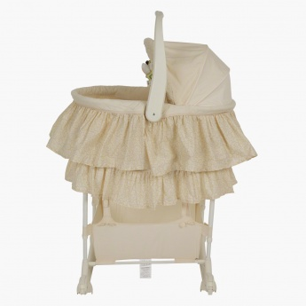 Juniors Carry Me Near 5-in-1 Bassinet