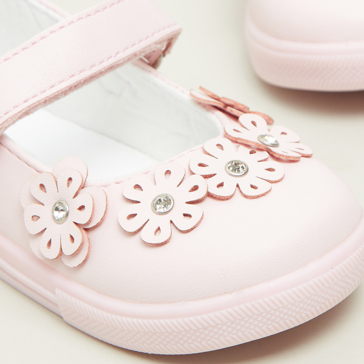 Giggles Flower Applique Detail Shoes with Hook and Loop Closure